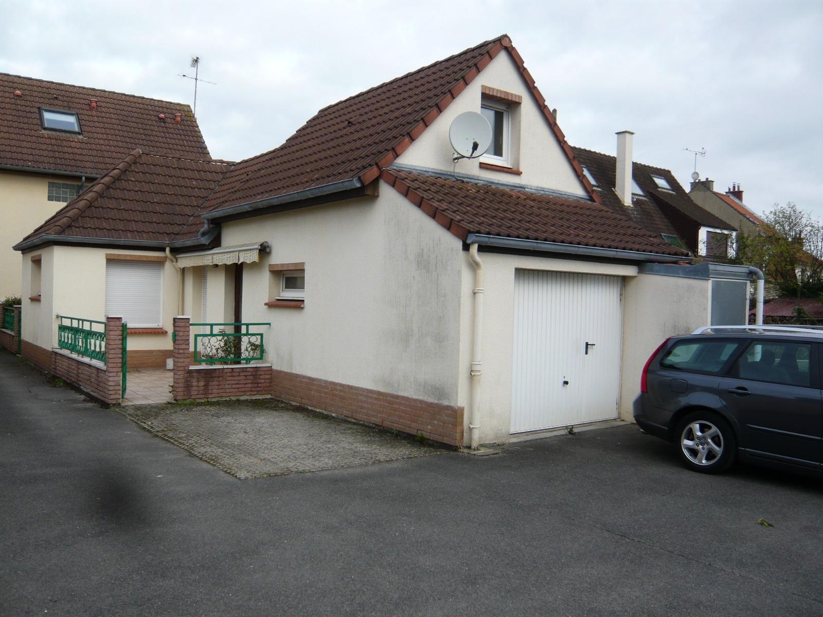 Vente amiens sud petite maison avec garage et studette for Garage maison