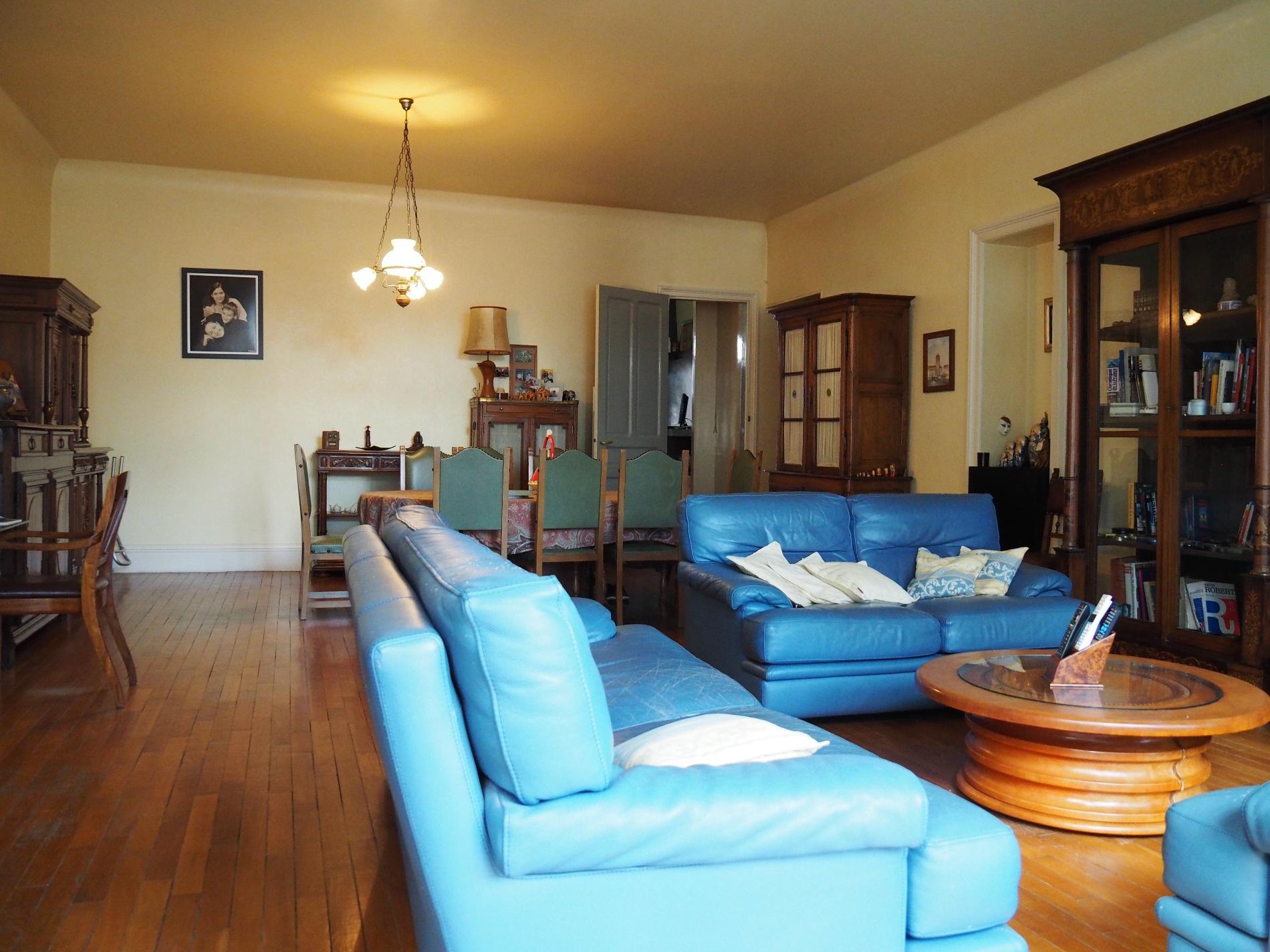 vente amiens centre ville appartement t iv de 175 m2. Black Bedroom Furniture Sets. Home Design Ideas