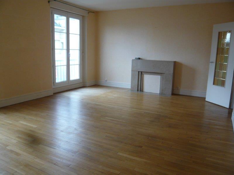 vente amiens les isaie appartement de type iii au 3 me etage. Black Bedroom Furniture Sets. Home Design Ideas
